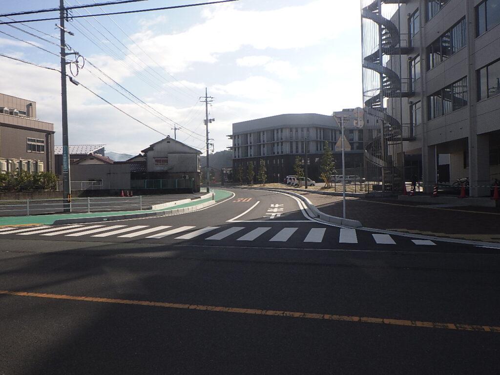 市道阿用停車場線道路改良工事写真
